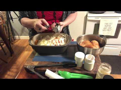 Pampered Chef Deep Covered Baker- Rush Hour Fajitas
