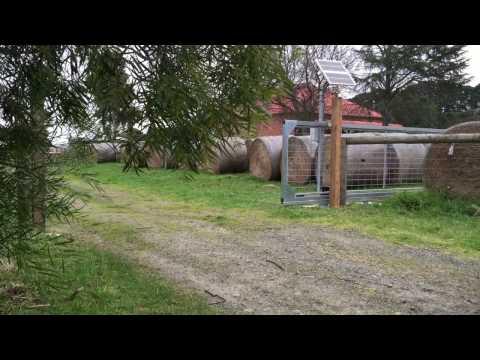 Global Access D.I.Y (DIY) Solar powered Cantilever Sliding Farm Gate kit