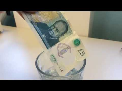 New plastic UK five pound banknote water dunk test !