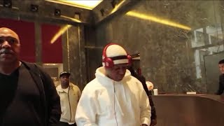 Birdman Counts Lil Wayne Money At Bank