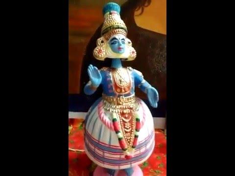 Tanjore Dancing Doll - cholaimpressions.com - Kathakali doll dancing merrily