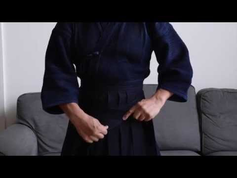 How to Wear Your Hakama: The Finer Points