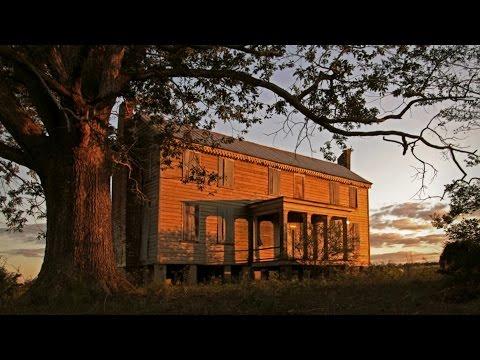 Abandoned 18th century NC plantation house