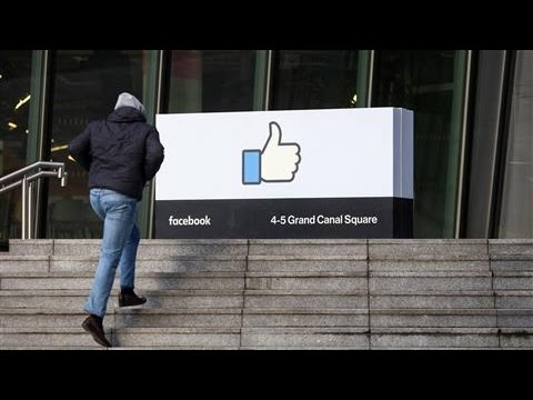 Facebook Changes 'Trending Topics' to Fight Fake News
