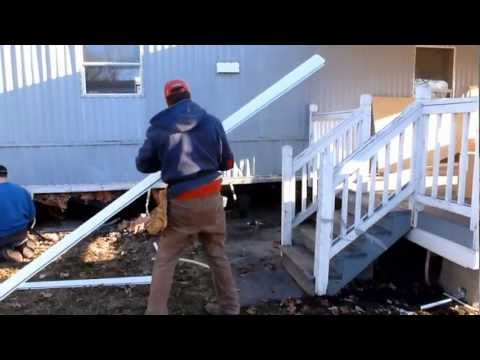 Mobile Home Aluminum Skirting Install Demo by Frenchy's Skirting