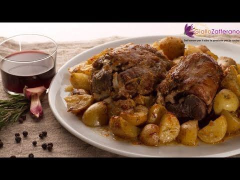 Baked pork shank with potatoes ( stinco al forno con patate ) recipe