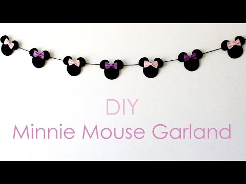 DIY Minnie Mouse Garland!