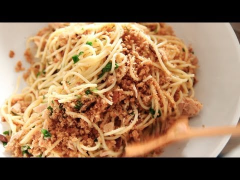 Spaghetti with Tuna, Lemon, and Breadcrumbs | Everyday Food with Sarah Carey