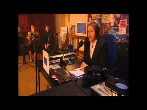 Killinaskully S03E01 - the radio station