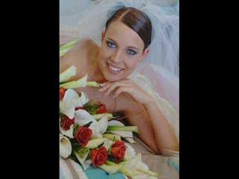 Download Malam Pertama (First Wedding Night) by Chrisye MP3 Gratis