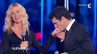 """Marc Lavoine et Sandrine Kiberlain chantent """"Chère amie"""" au #Téléthon2015 - 04/12/2015"""