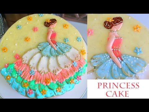 How to Decorate a Princess Cake