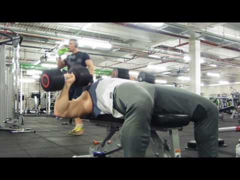 How to FLAT DUMBELL PRESS correctly