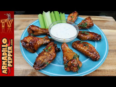 How to Make Crispy Chicken Wings on the Grill with Honey Sriracha Recipe