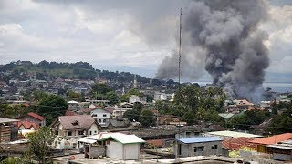 Philippine government steps up bombing of Islamist militants