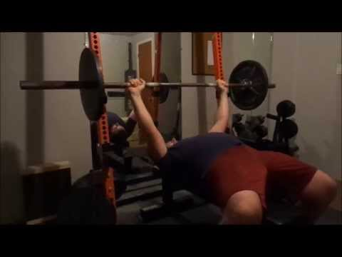 Bench press session and use of slingshot