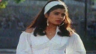 Ladki Badi Hai Kamal Ki - Taqdeerwala -  Venkatesh & Raveena Tandon - Full Song