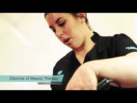 What it's like to study a Diploma of Beauty Therapy SHB50115
