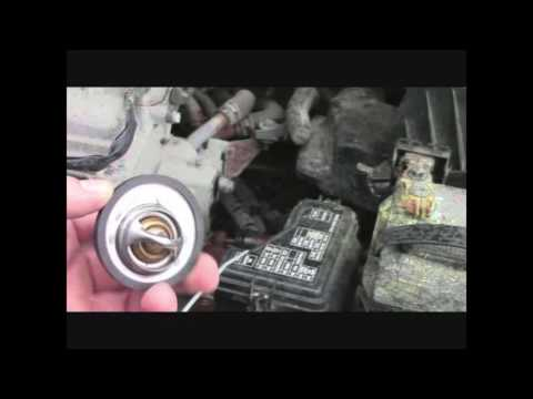 How to: Replace your vehicle's thermostat (2006 Nissan Sentra)