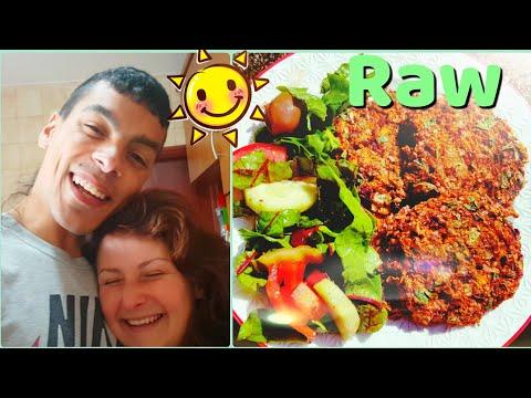 PUMPKIN BURGERS Raw Vegan  🍔 | Collecting Wild onions ☘ | Alkaline electric food