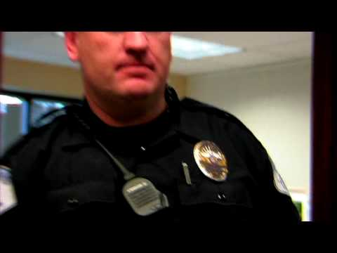 Police Officers : Requirements to Become a Police Officer