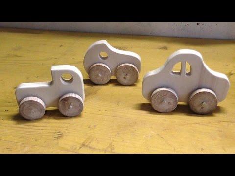 Easy to make wooden toy car - Macchinina di legno facile da realizzare