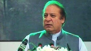 Interesting clip of PM Nawaz Sharif speech in Holi ceremony in Karachi -  Watch