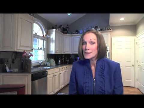 Best Foods for Diverticulosis    Kathleen Zelman    UHC TV