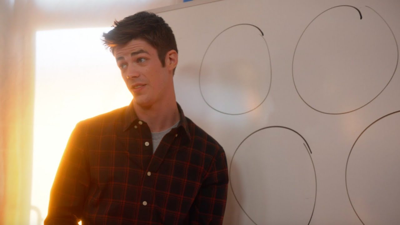 Supergirl: The Flash Explains the Multiverse