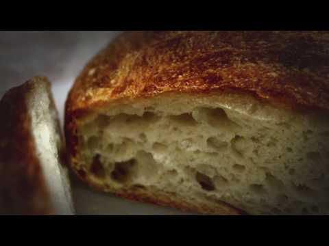 No-knead bread! The best Dutch Oven bread you can make!