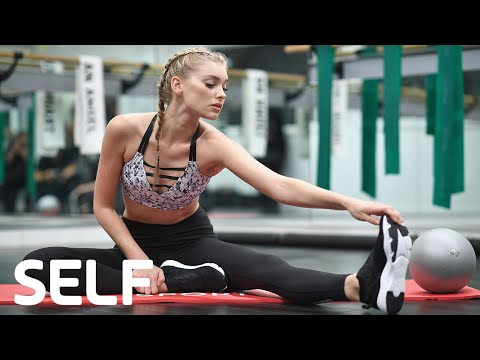 Victoria's Secret Angel Workout: 4 Moves For Angelic Abs | SELF