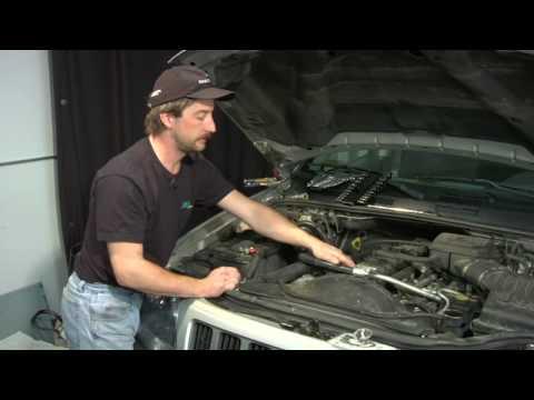 Auto Repair & Diagnostics : How to Change Your Car's Thermostat