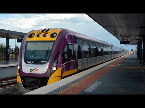 Afternoon peak hour at Tarneit - Melbourne Transport