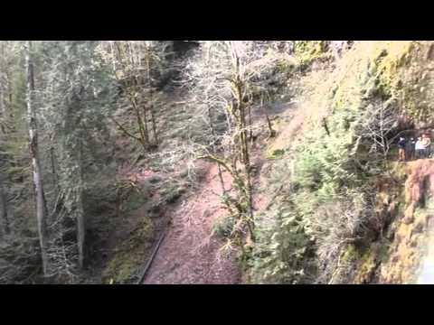 OREGON'S EAGLE CREEK HIKING TRAIL