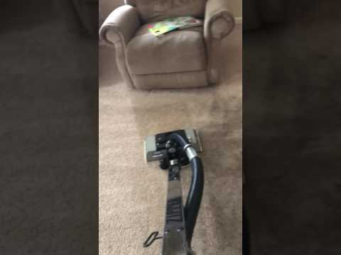Zipper cleaning heavily soiled polyester carpet