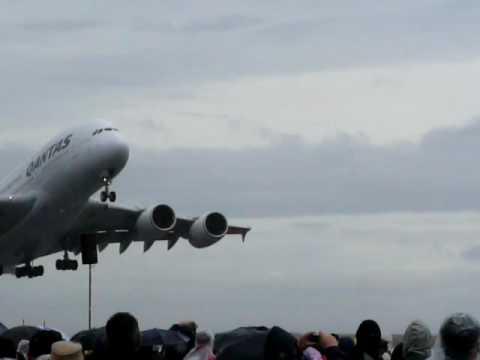 Avalon Airshow 2009- QANTAS A380 Takeoff