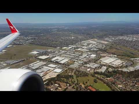 4K QANTAS take off Melbourne, fantastic 737-800 sound