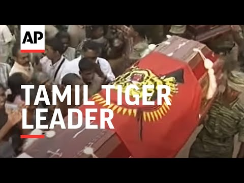 Xxx Mp4 Hundreds Grieve For Slain Tamil Tiger Leader 3gp Sex