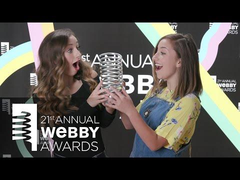 Brooklyn & Bailey's 5-Word Speech at the 21st Annual Webby Awards