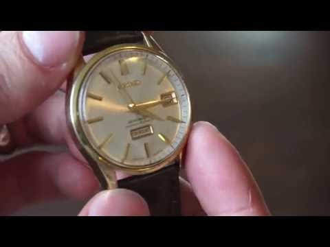 Removing Scratches From an Acrylic Watch Crystal