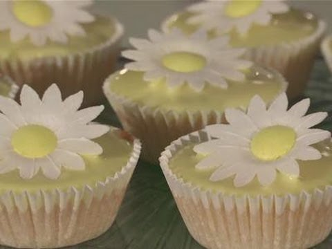 How To Make Your Own Fairy Cakes