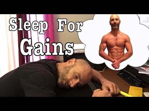 How sleep benefits our weight loss and muscle building goals. Lose fat not muscle