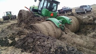 Tractor stuck in mud compilation 2015, NEW