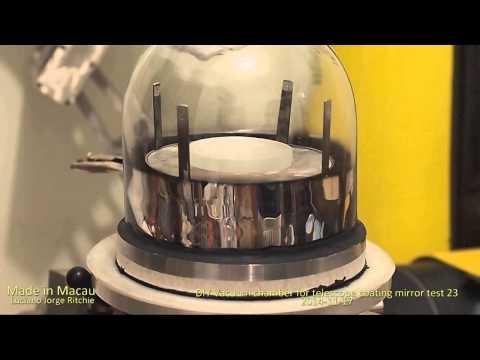 Vacuum chamber for telescope coating mirror