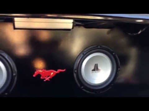 Beauty panel on a 2013 mustang GT S197
