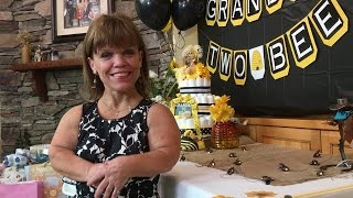 Watch Amy Roloff Celebrate At Her Grandma Shower! | Little People, Big World