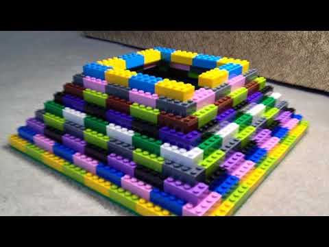 Lego Stop Motion: Building a Pyramid