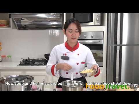 Braised fish maw in brown soup (Kra Por Pla Nam Dang)