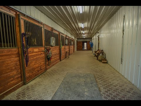 Gorgeous 138 Acre Equestrian Estate With Indoor Arena In Southern IL