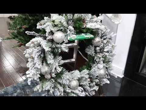 CHRISTMAS DECOR DIY: EASY GLAM REVAMP FLOCKED WREATH